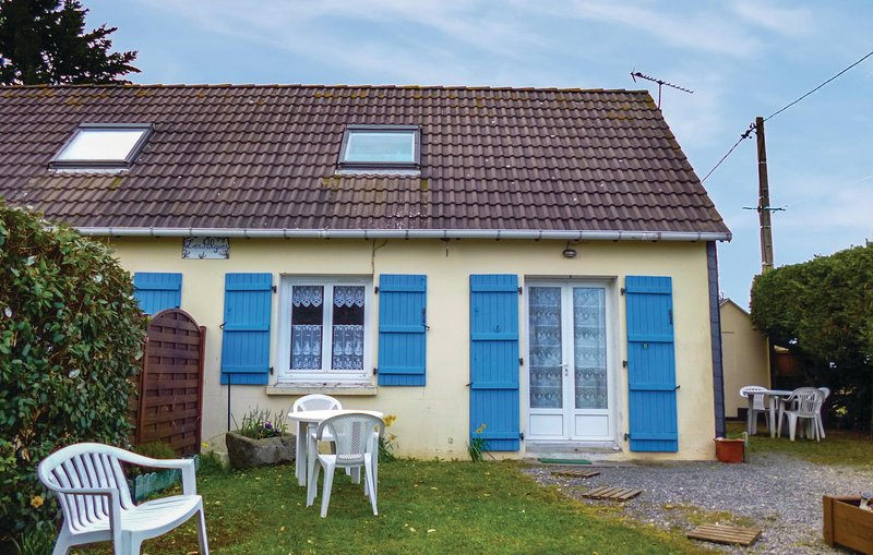 Amazing home in Anneville sur Mer with 1 Bedrooms (FNM250), holiday rental in Gouville-sur-Mer