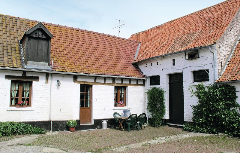 Beautiful home in Hames Boucres with WiFi and 3 Bedrooms (FNP112), vacation rental in Calais