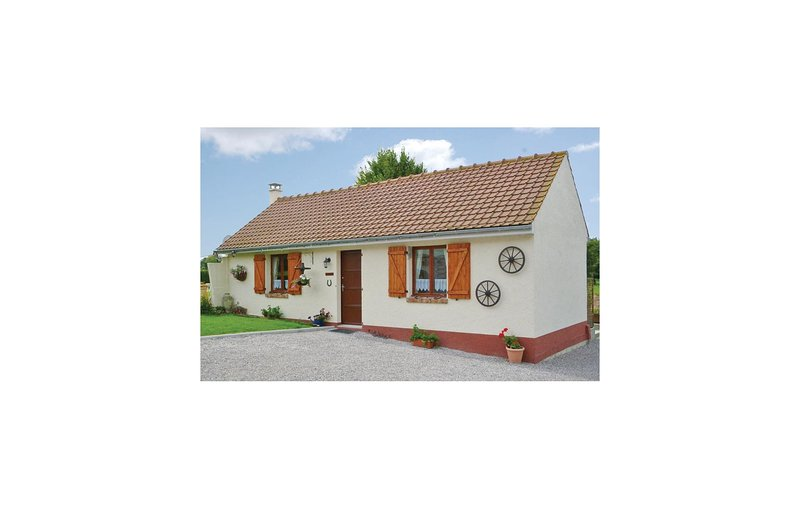 Stunning home in Beauvois with WiFi and 1 Bedrooms (FNP083), holiday rental in Beauvoir Wavans