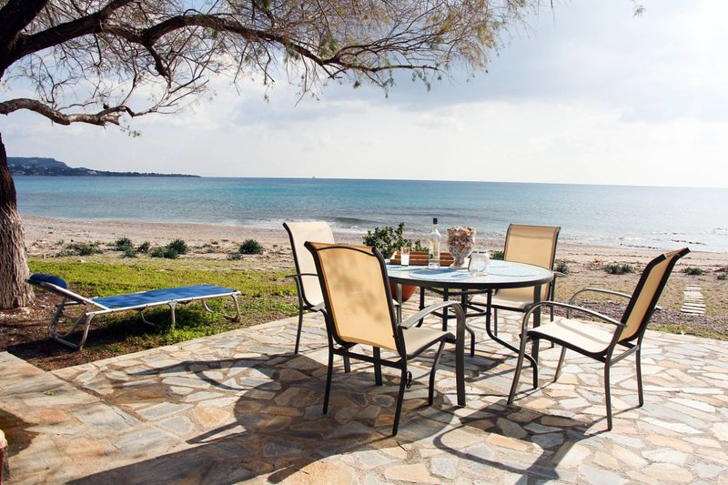 Lindos Marina Beach House, holiday rental in Pefkos