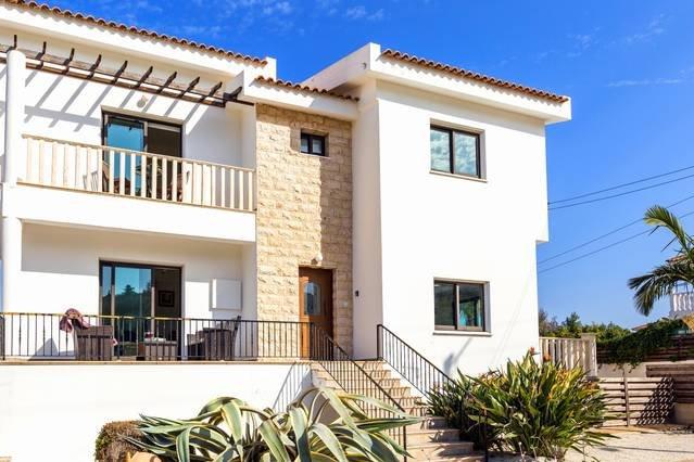 Villa Athena - 3 Bedroom Villa with Private Pool, holiday rental in Frenaros