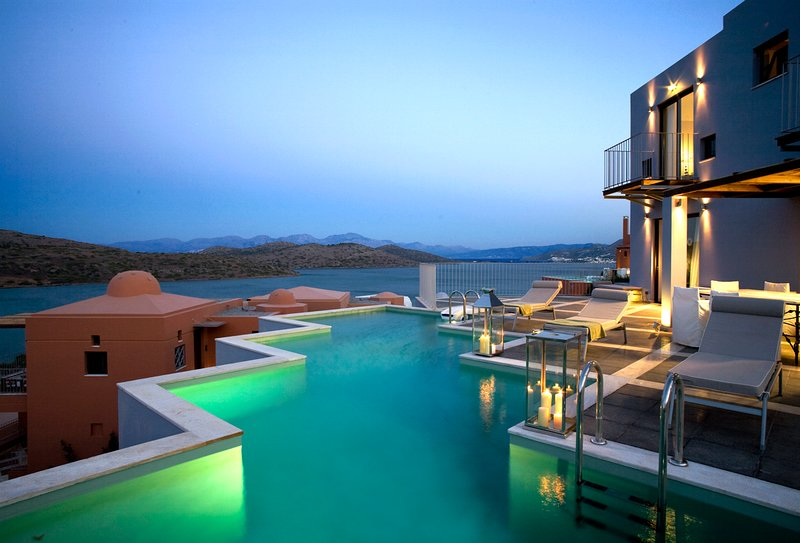 Tsifliki Villa Sleeps 6 with Pool and Air Con - 5769472, vacation rental in Agia Paraskevi