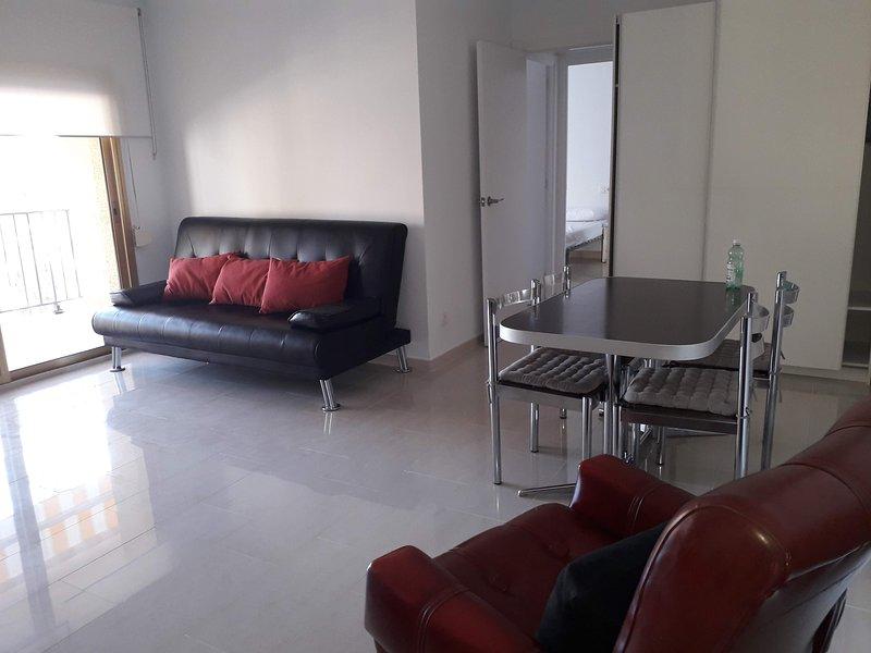 Beautiful apartment with sea view, holiday rental in Vilafortuny