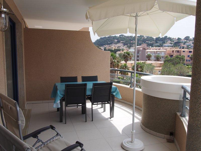 Balcón 16 m² Suroeste