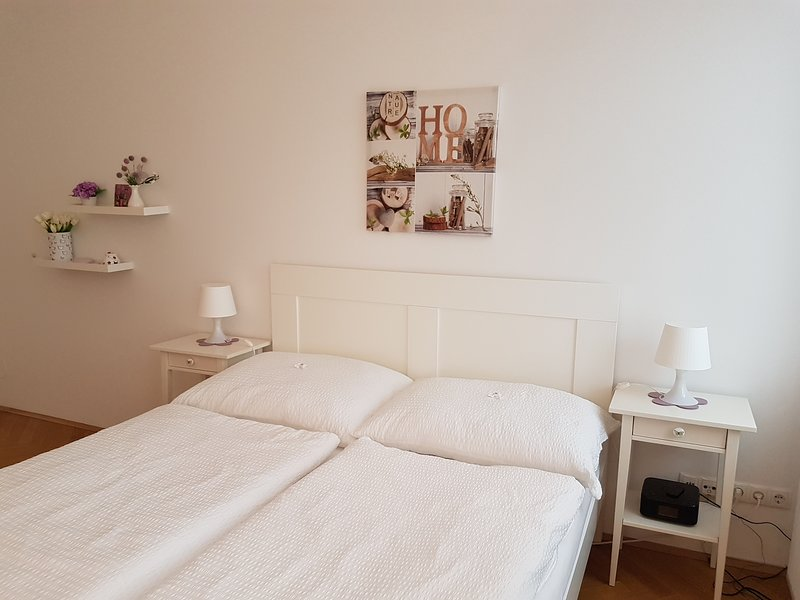 Charming City Apartment, vacation rental in Vienna