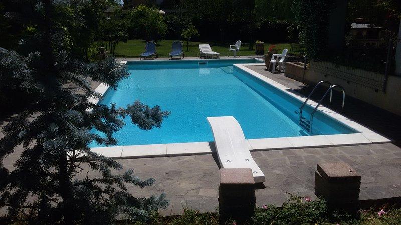 B&B Il Sognatore  Bed and Breakfast a Perugia camere a tema piscina originale, holiday rental in Ponte San Giovanni
