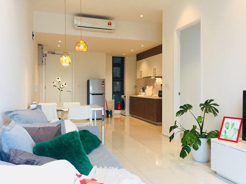 Cozy Apartment- 500meters to BukitBintang | Pavilion | KLCC | KL, holiday rental in Kuala Lumpur