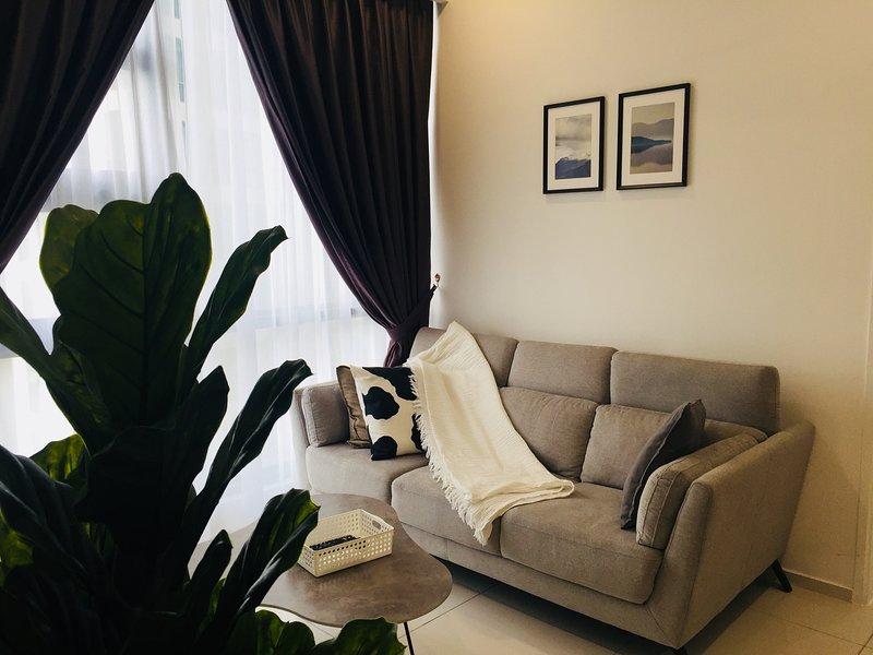 Bukit Bintang, Luxurious Suite 500m to MRT | Pavilion | KLCC | Central Market, vakantiewoning in Kuala Lumpur