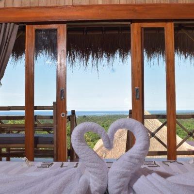 Menjangan Hill Room 2, holiday rental in Melaya