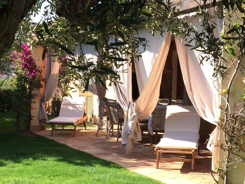 Relax Per Due.Villa Giada Charme E Relax A Due Passi Dal Mare Di Chia