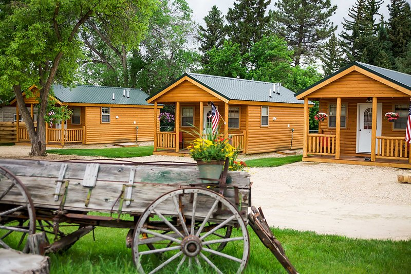 'Shire Valley Cabins' feature 3 custom cabins made for outdoor enthusiasts.