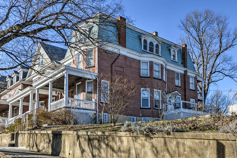 Historic Cumberland Home w/ Deck & Valley View!, holiday rental in Cumberland