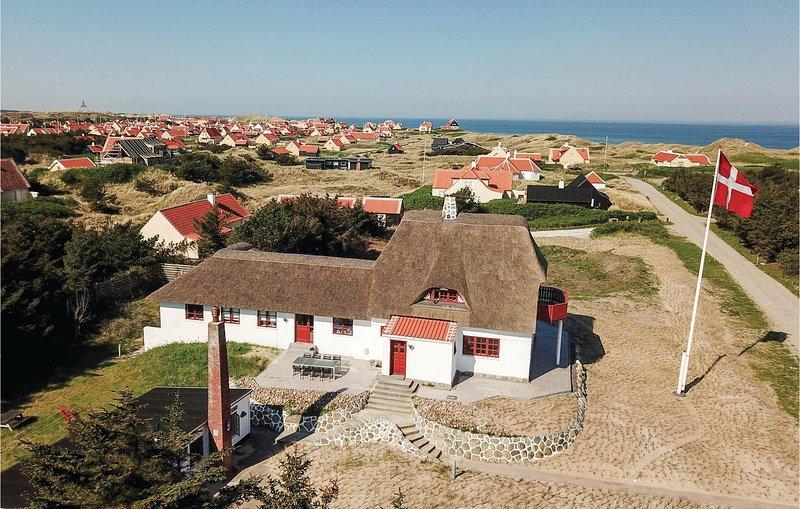 Stunning home in Skagen w/ WiFi and 6 Bedrooms (A01250), alquiler vacacional en Skagen