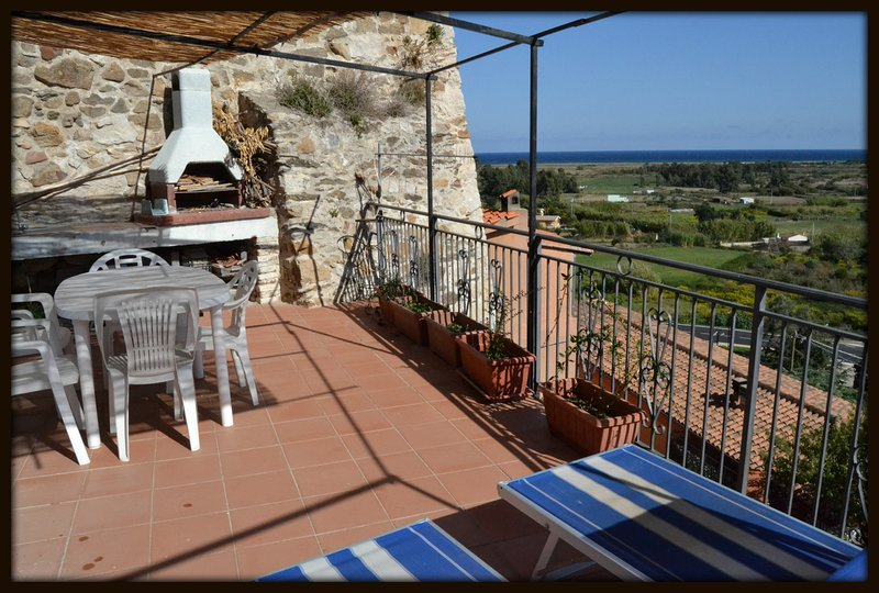 Sardinia sea view New management Home Y 3 Posada, holiday rental in Torpè