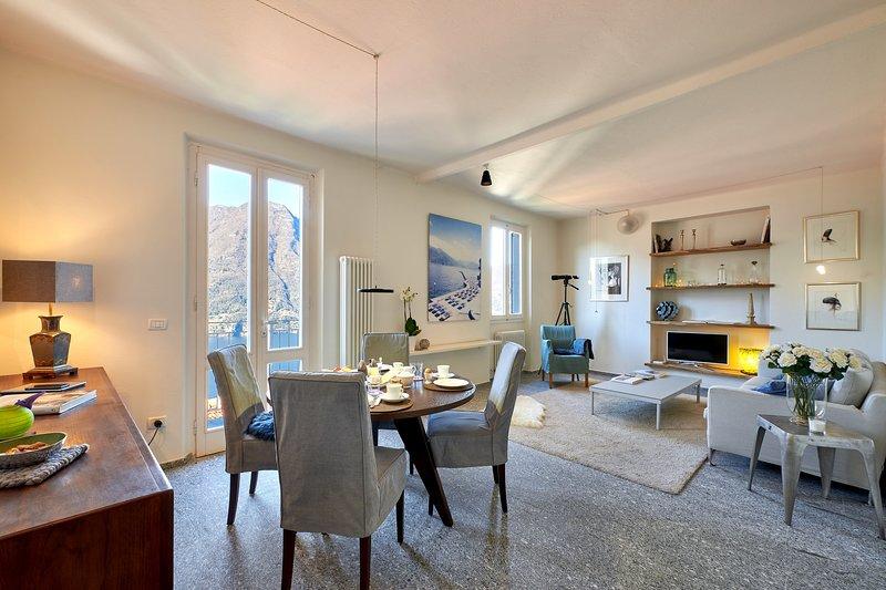 Casa Lucia, Stunning View. Privat Garage!, location de vacances à Nesso