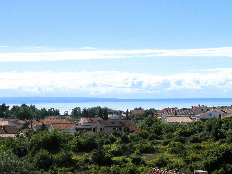 Apartments Kristina, holiday rental in Baska