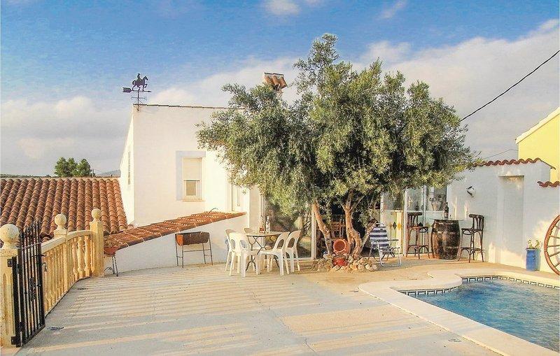 Amazing home in Las Terreras, Lorca with WiFi and 3 Bedrooms (ECC540), holiday rental in Aledo