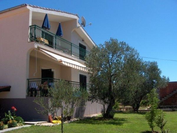 Apartments Vesna, location de vacances à Sveti Filip i Jakov