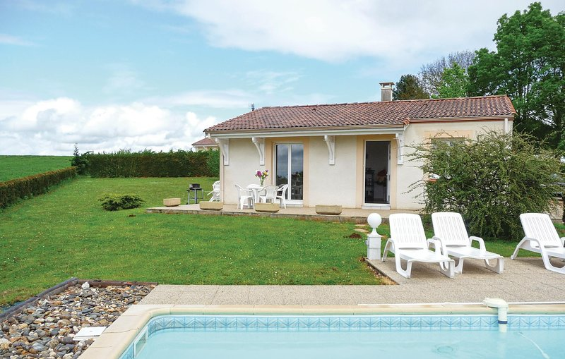 Beautiful home in Beauville with 2 Bedrooms (FAT705), holiday rental in Roquecor