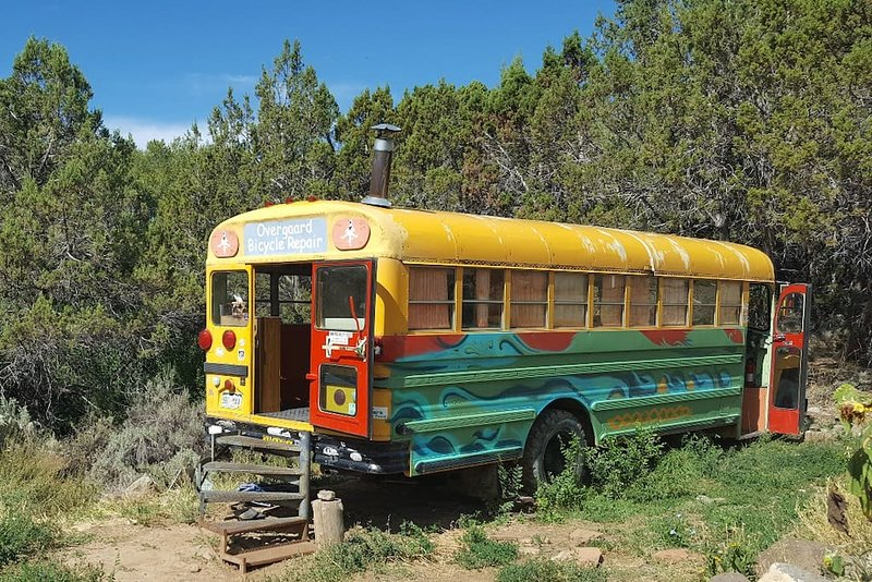 Sage View Ranch - Bus with a View, vacation rental in Hotchkiss