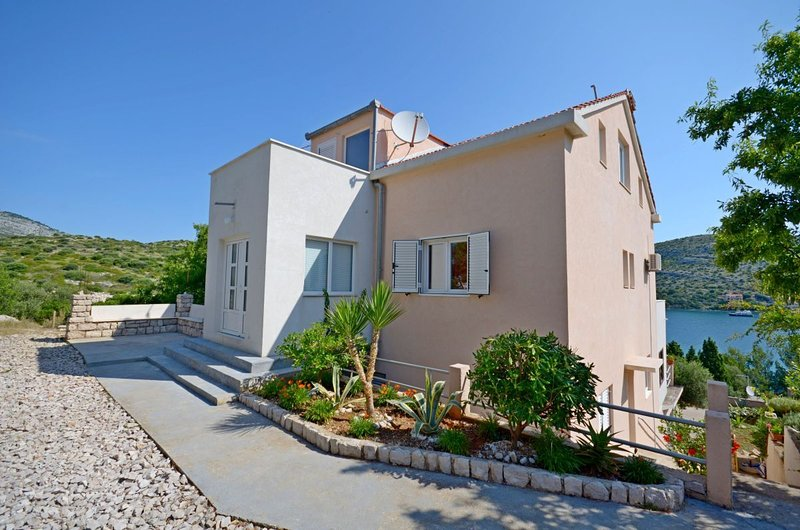 Apartments Vesna, aluguéis de temporada em Lastovo Island