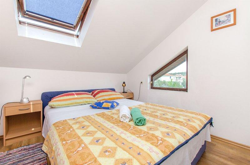 Apartments Ivan, location de vacances à Plovanija
