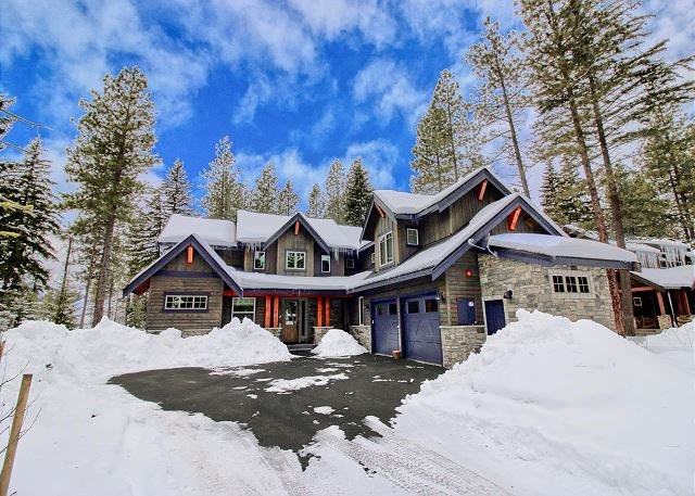Must See New Suncadia Estate! Home Office | On the Golf Course w/Hot Tub!, holiday rental in South Cle Elum