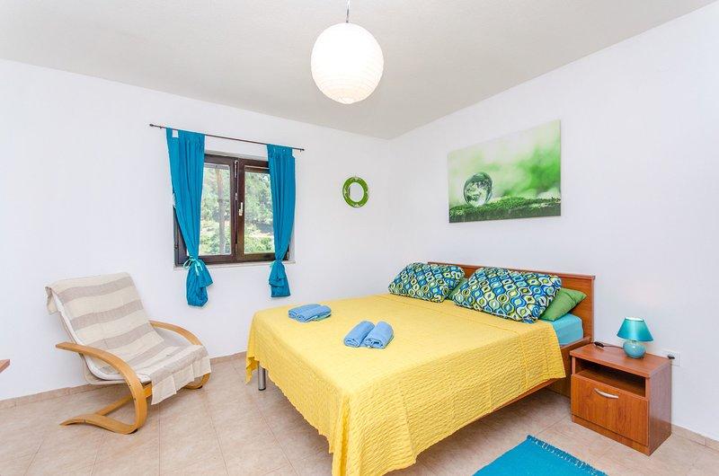 House Filip, location de vacances à Bogomolje