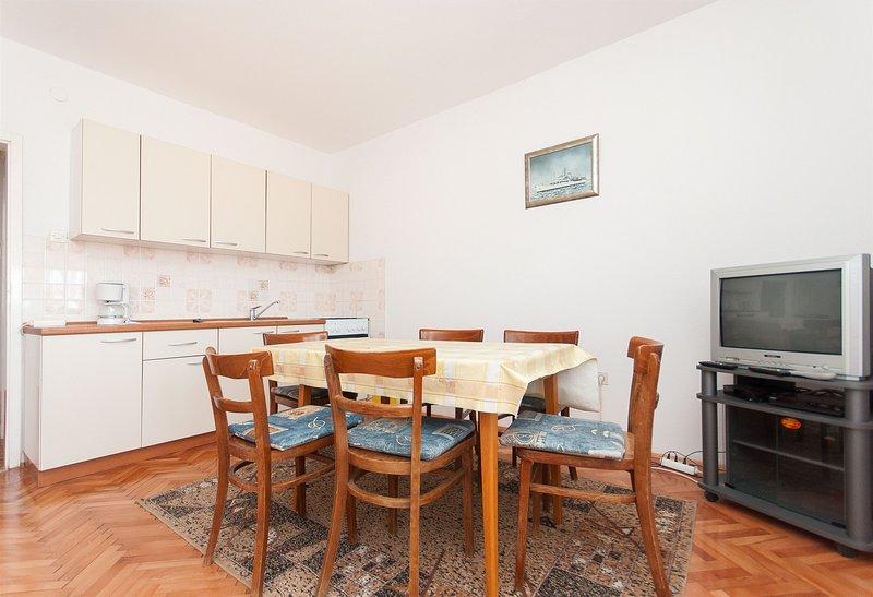 Apartments Milan, vacation rental in Vlasici