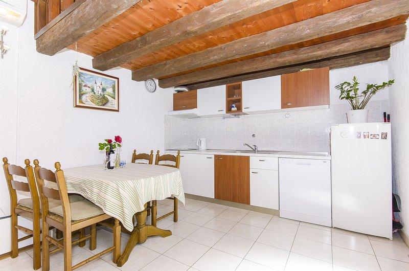 House Ivan, vacation rental in Murvica