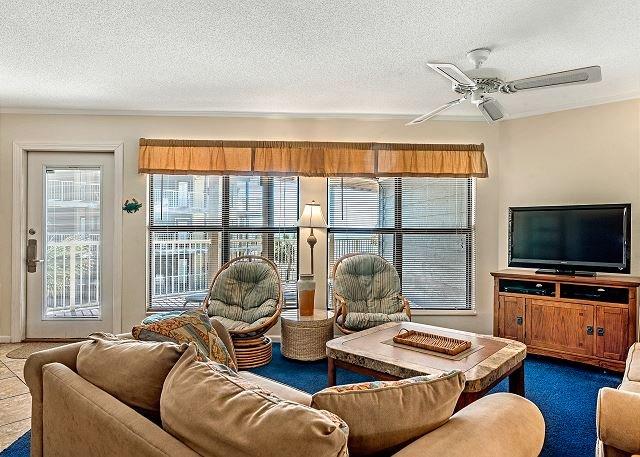 Sandpiper 14B ~ Great Family Beachview Condo ~ Bender Vacation Rentals, location de vacances à Gulf Shores