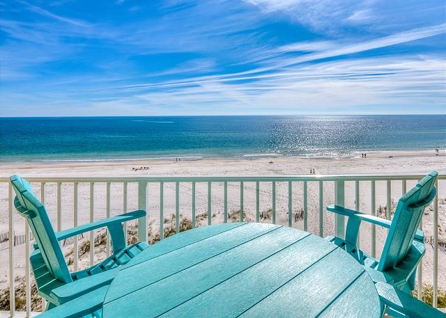 Clearwater 6C ~ Coastal Decor ~ Beach Front ~ Bender Vacation Rentals, alquiler de vacaciones en Gulf Shores