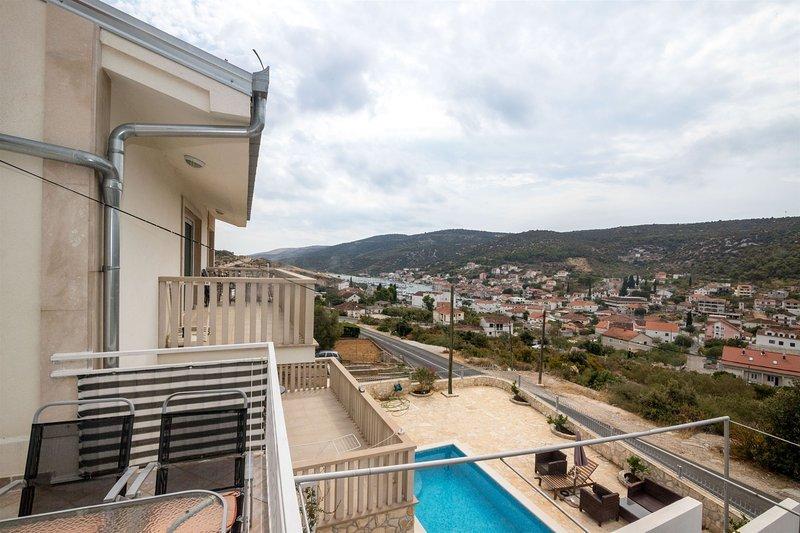 Apartments Mirjana, alquiler vacacional en Gustirna