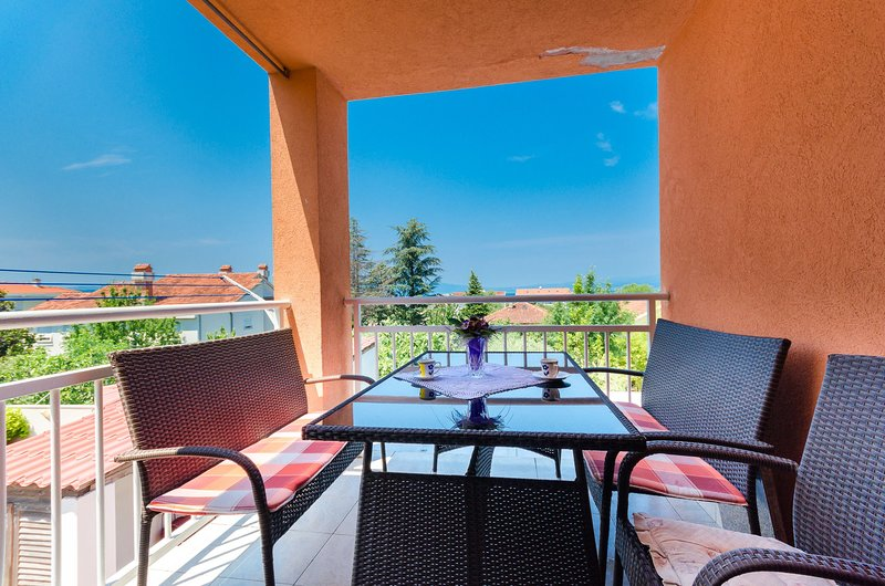 Apartment Besima, holiday rental in Milcetici