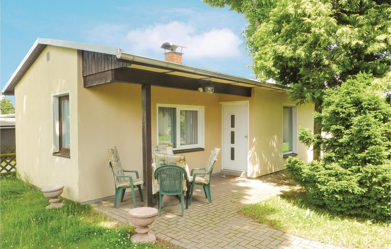 Awesome home in Eichigt/Ot Süssebach with 2 Bedrooms (DSA257), holiday rental in Thiergarten