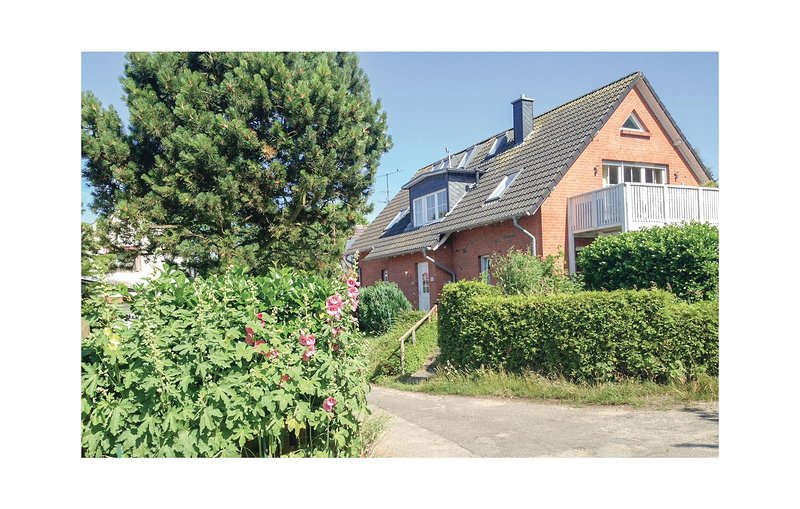 Awesome home in Travemünde with WiFi and 1 Bedrooms (DSH276), vacation rental in Lubeck