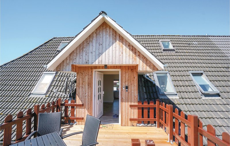 Amazing home in Gelting with WiFi and 2 Bedrooms (DSH257), holiday rental in Gelting