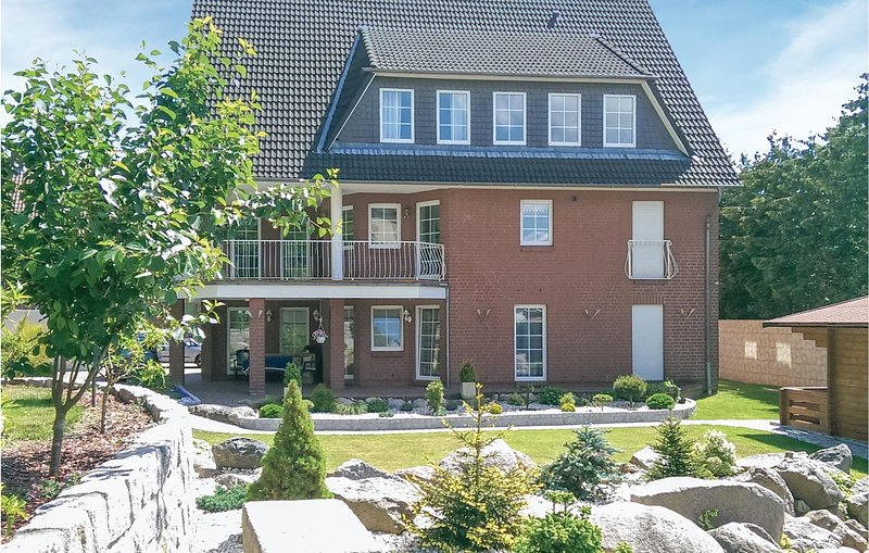 Stunning home in Lauenburg with 2 Bedrooms and WiFi (DSH280), location de vacances à Lauenburg an der Elbe