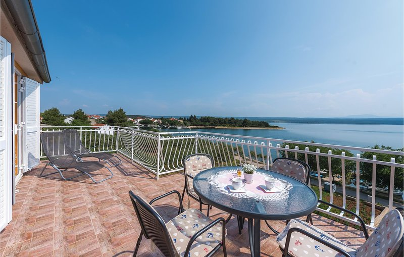 Beautiful home in Zaton with WiFi and 1 Bedrooms (CDV876), holiday rental in Raslina