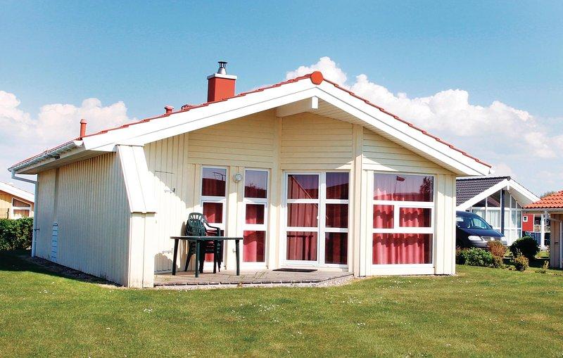 Amazing home in Friedrichskoog with Sauna and 2 Bedrooms (DSH618), holiday rental in Friedrichskoog