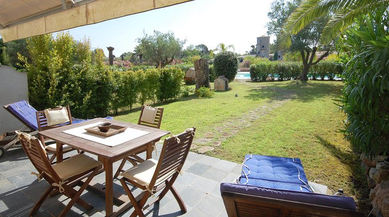 Villa tres Jolie - Residence con piscina, alquiler de vacaciones en Cerdeña