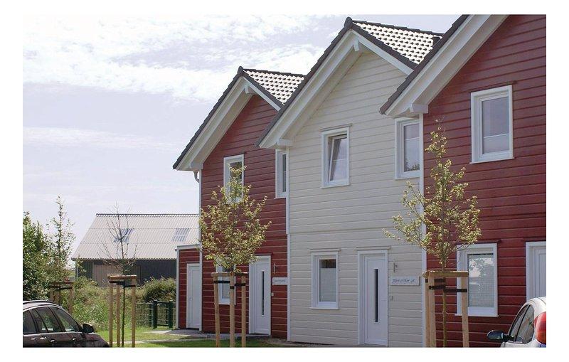 Stunning home in Dagebüll with Sauna and 3 Bedrooms (DSH915), vacation rental in Wyk auf Foehr
