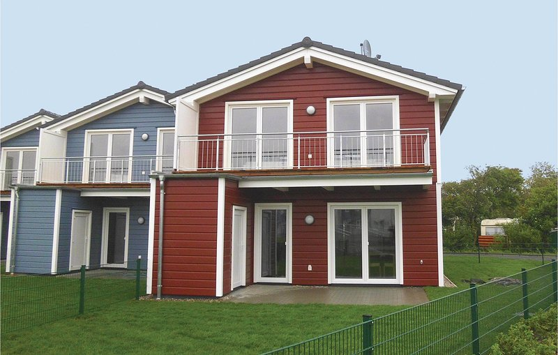 Amazing home in Dagebüll with Sauna and 3 Bedrooms (DSH910), vacation rental in Wyk auf Foehr