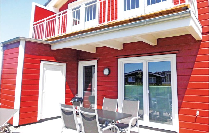 Beautiful home in Dagebüll with Sauna and 3 Bedrooms (DSH901), vacation rental in Wyk auf Foehr
