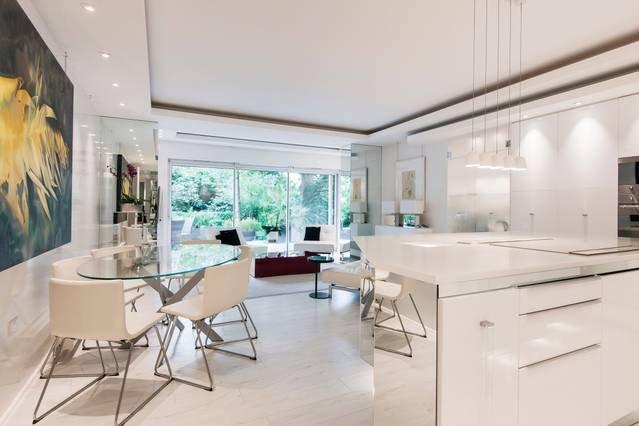 Design Icon Luxury Garden 3 bed in Hampstead, holiday rental in Willesden