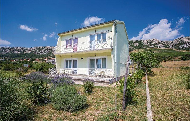 Nice home in Draga Bascanska with WiFi and 2 Bedrooms (CKK786) – semesterbostad i Draga Bascanska