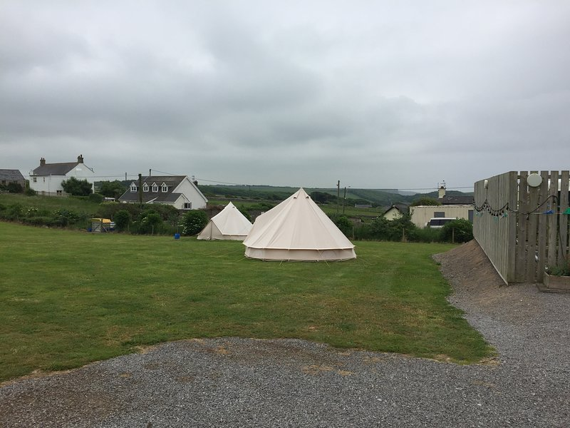 Bell Tents Near Pub and beach, holiday rental in Monknash