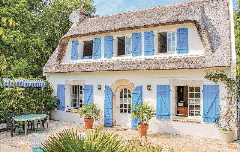 Awesome home in Moelan sur Mer with 3 Bedrooms (FBF711), holiday rental in Doelan