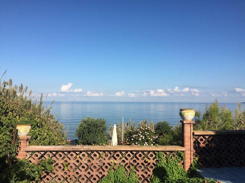 Villa Heraclea sul Mare, holiday rental in Trappeto