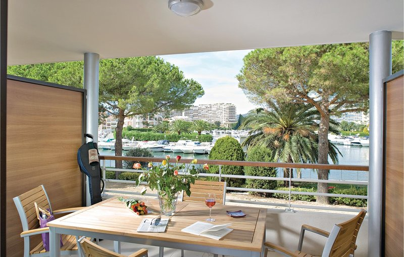 Stunning home in Mandelieu-La Napoule with 2 Bedrooms (FCA167), holiday rental in La Napoule